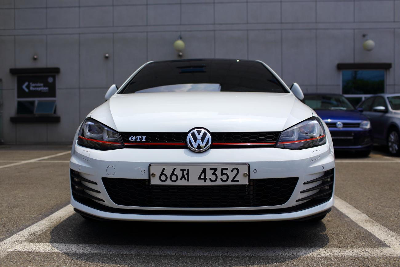 White GTI is getting - GOLFMK7 - VW GTI MKVII Forum / VW Golf R
