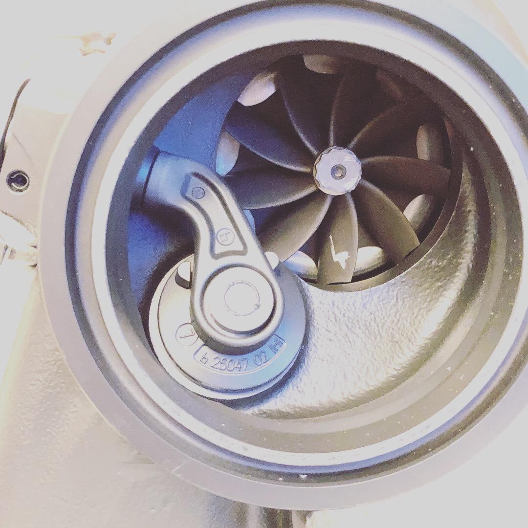 DBV2 V2 IS38 Hybrid Turbo - GOLFMK7 - VW GTI MKVII Forum