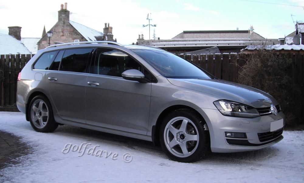 Car-on-winters.jpg